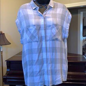 Lightweight plaid super cute shirt